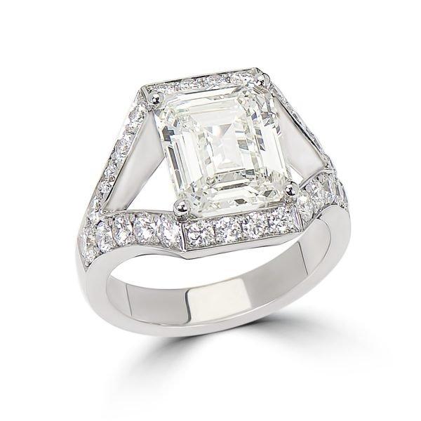 14kt White Gold Split Shank Statement Ring